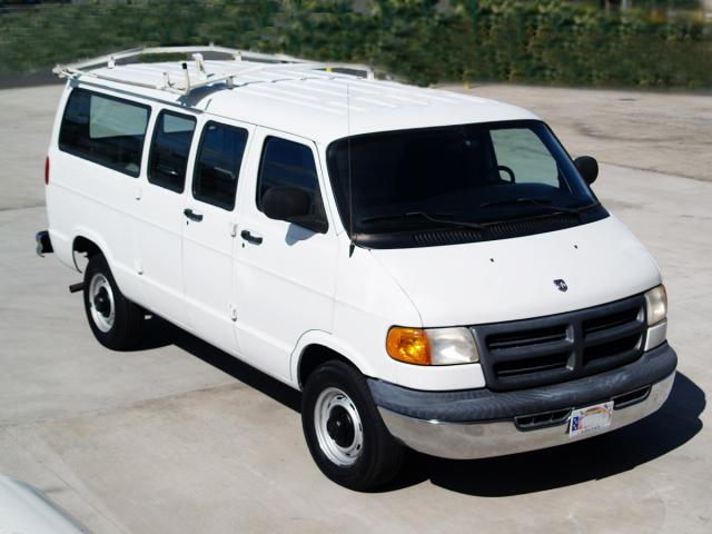 autoland 2001 dodge b3500 maxi utility van v8. Black Bedroom Furniture Sets. Home Design Ideas