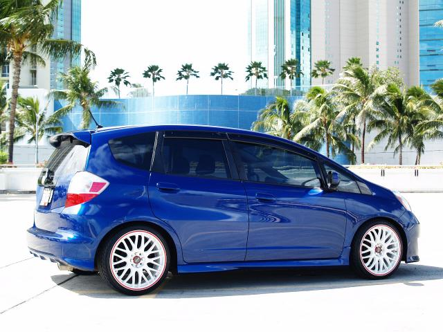 autoland 2009 honda fit sport rims 23k drop auto a c tint. Black Bedroom Furniture Sets. Home Design Ideas