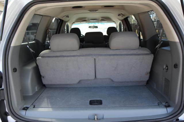 autoland 2005 dodge durango sxt 3rd row seat. Black Bedroom Furniture Sets. Home Design Ideas