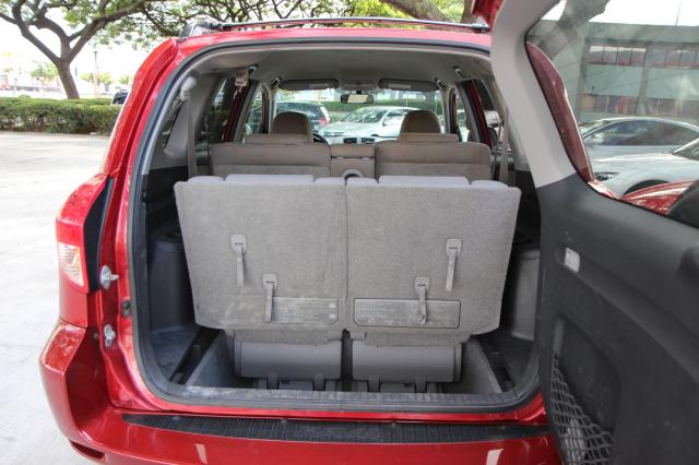 autoland 2006 toyota rav4 limited 3rd row seats loaded. Black Bedroom Furniture Sets. Home Design Ideas