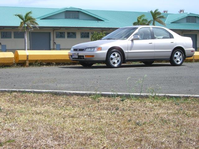 1997 Honda Accord SE, 4cyl, Auto, Sunroof, Alloy,