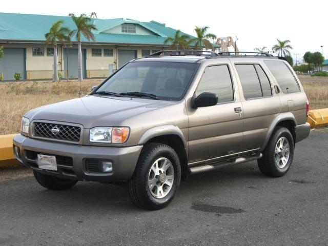 autoland 2001 nissan pathfinder se 4doors a c new tires. Black Bedroom Furniture Sets. Home Design Ideas