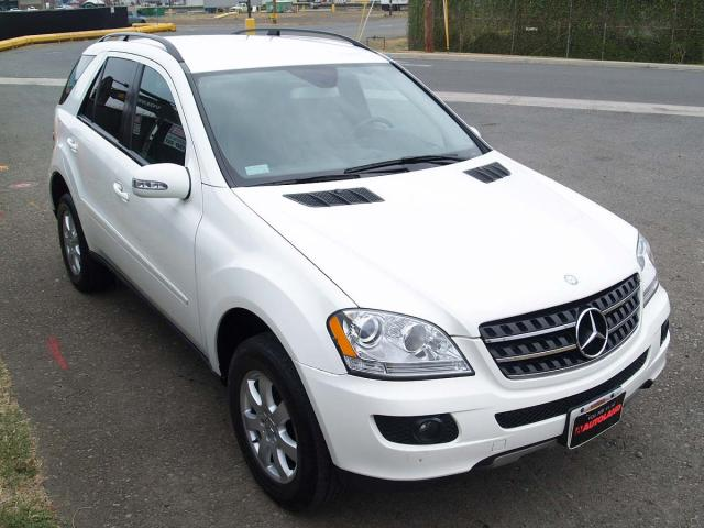 autoland 2007 mercedes ml350 4matic leather dvd navigation. Black Bedroom Furniture Sets. Home Design Ideas