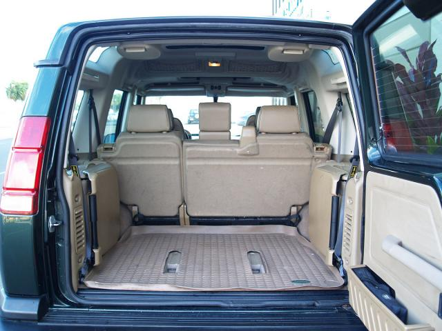 autoland 2000 land rover discovery ii 4x4 3rd row seats. Black Bedroom Furniture Sets. Home Design Ideas