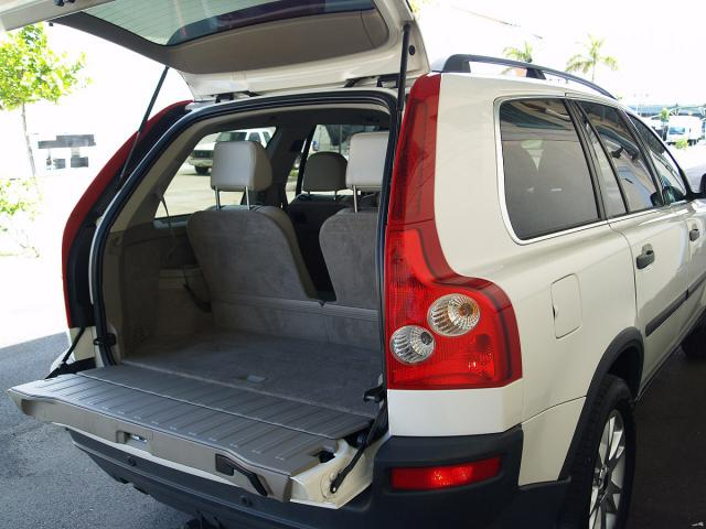 autoland 2003 volvo xc90 turbo t6 suv 3rd row seats awd. Black Bedroom Furniture Sets. Home Design Ideas